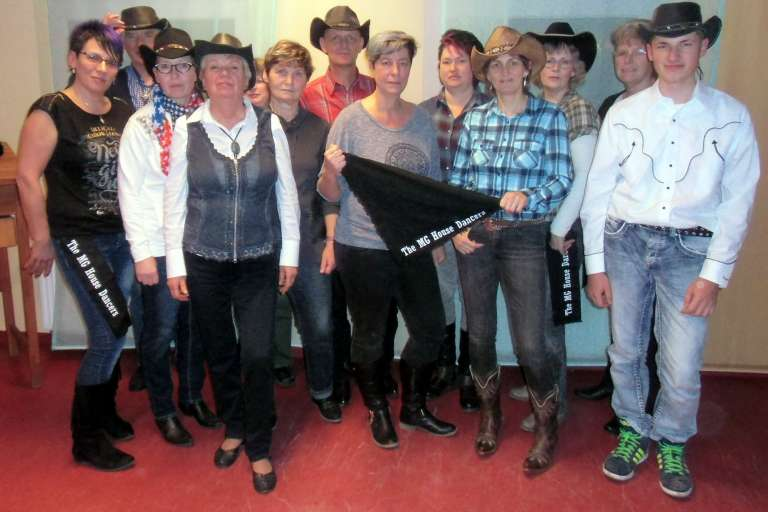 Line Dance-Gruppe MG House Dancers.jpg